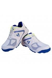 SG Striker 4.0 Cricket Shoes Colour White Blue